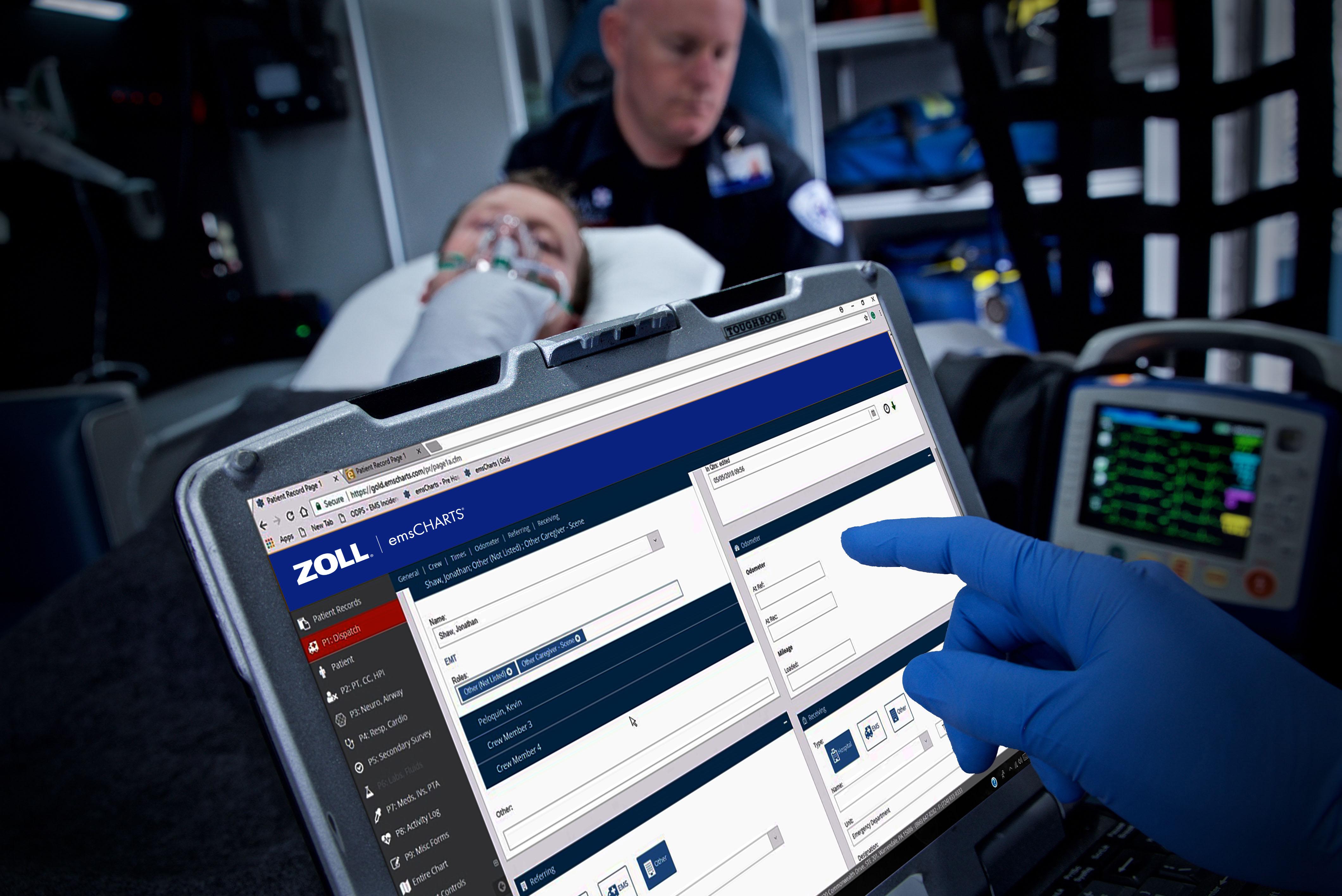 Paramedic using ZOLL emsCharts on a tablet